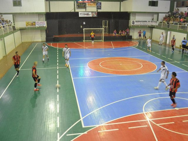Definidas as quartas de final do campeonato municipal de Futsal e Vôlei de Victor Graeff