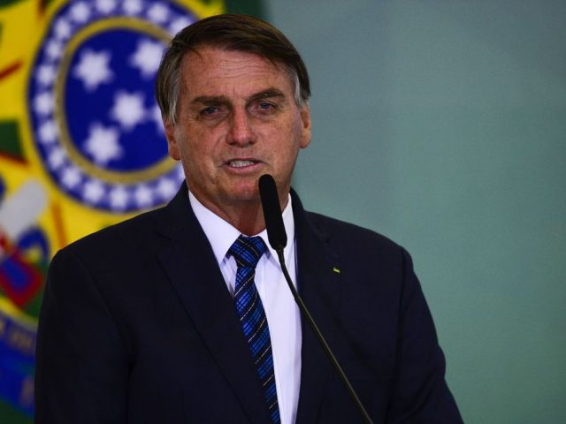 Bolsonaro envia MP do Auxílio Emergencial ao Congresso